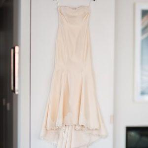 Strapless mermaid wedding gown, sweetheart neck
